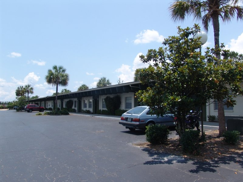 The Oasis Apartments